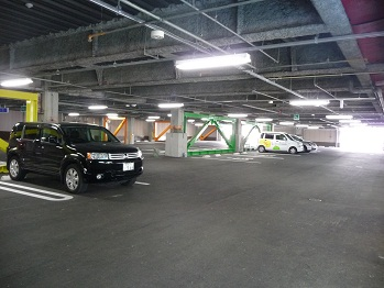 雨に濡れない駐車場