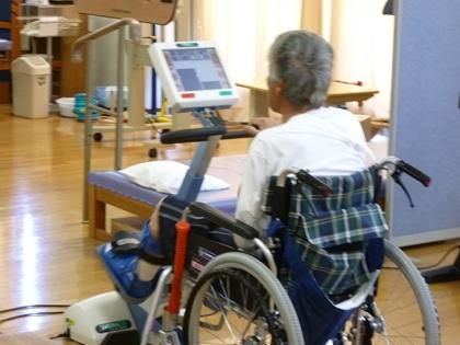 車椅子のままエルゴメータ