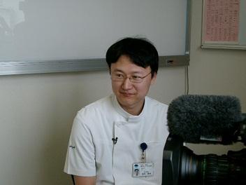 鈴木先生。
