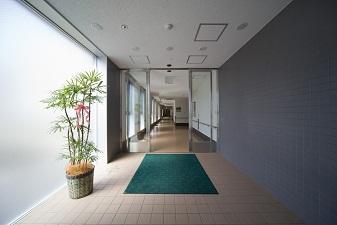 新館からの入口