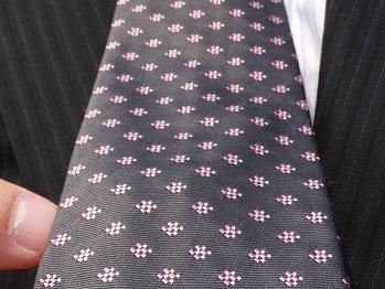 さくら色のネクタイ