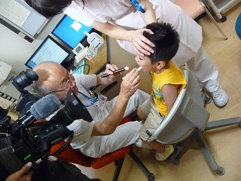 小児科診察の様子