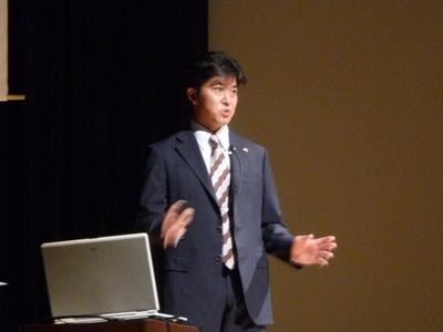 講演中の嶋田先生