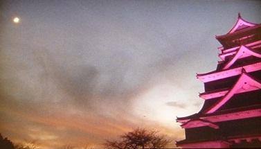 熊本城をピンク色に