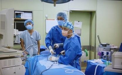 そけいヘルニア手術の様子
